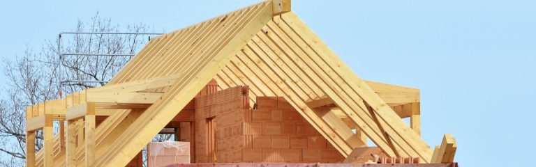 lucrari sarpanta acoperis